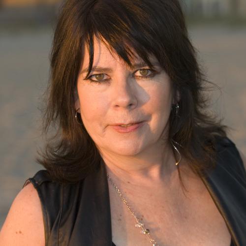 Liz Gherna's avatar