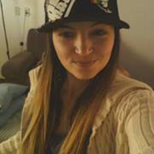 Binha RoOts's avatar