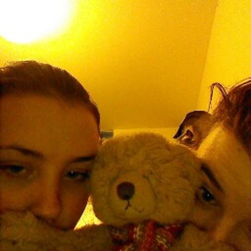 Caitlin11221122's avatar