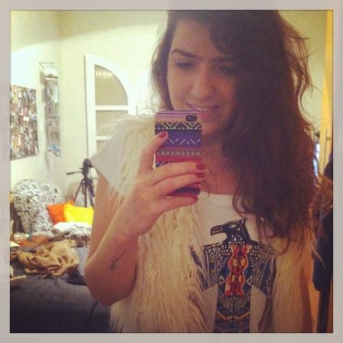 Ana Julia Swerts's avatar
