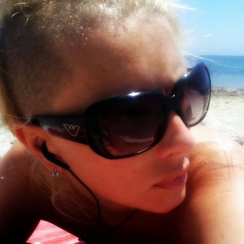 Irina Vujaklija's avatar