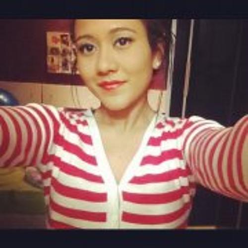 Sarah Ferreira 10's avatar