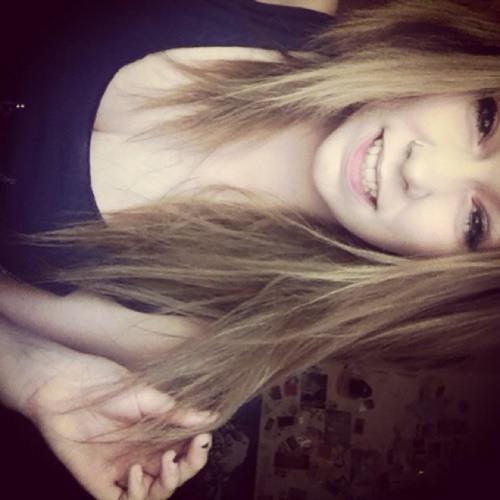 SarahNoelle1's avatar