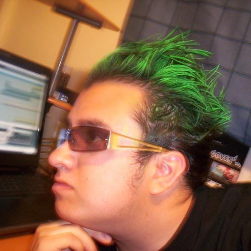DJ Reversive's avatar