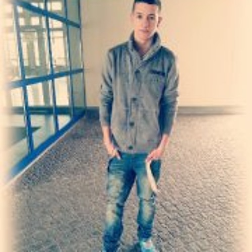 Andrej Mnml's avatar