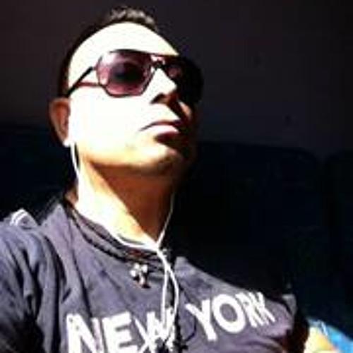Gerry Sanz's avatar