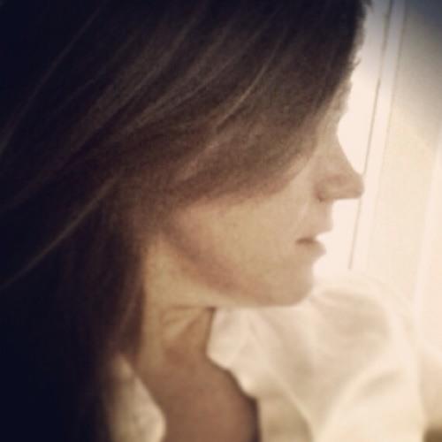 roselj86's avatar