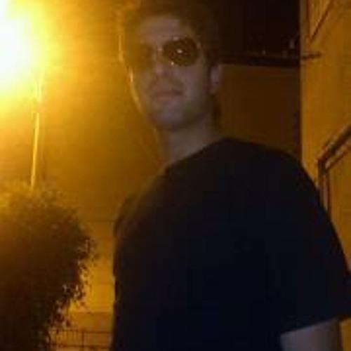 Itzik Tonz'blk's avatar