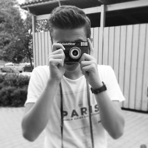 Nikita Lomsov's avatar