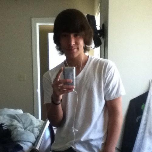 Conner_Jones1220's avatar