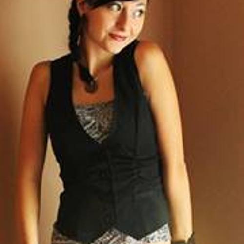 Maya Carmen Uribe's avatar