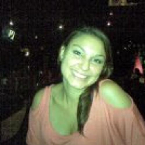 Natalia Bolaños Ugalde's avatar
