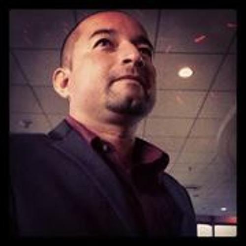 Ronald Trinidad's avatar