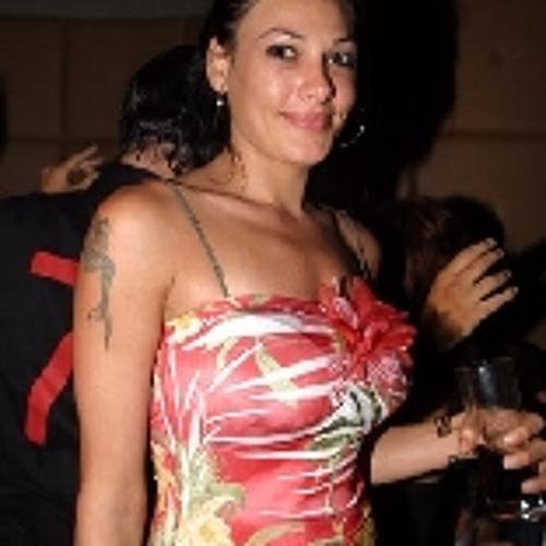 Eloise Garrett's avatar