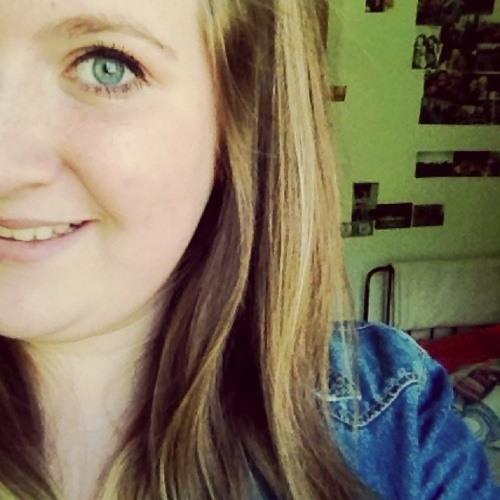 Julia_9419's avatar