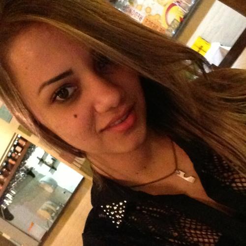 cah-gabriella94's avatar