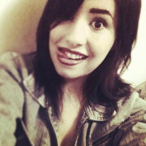 julia-raiuga's avatar