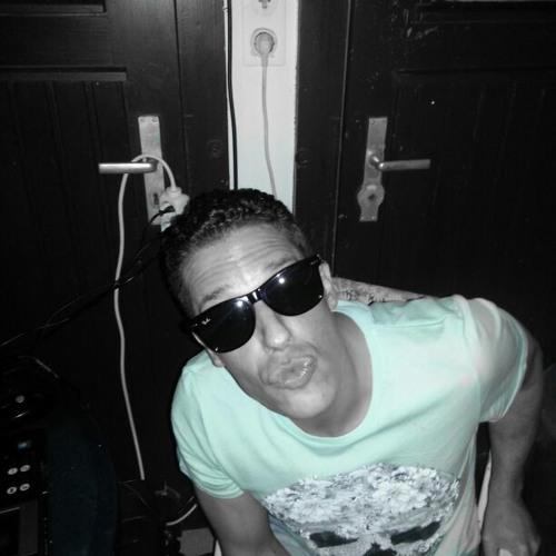 Andreas Geide's avatar