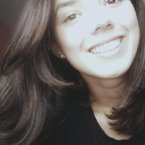 Caroline Cunha 3's avatar
