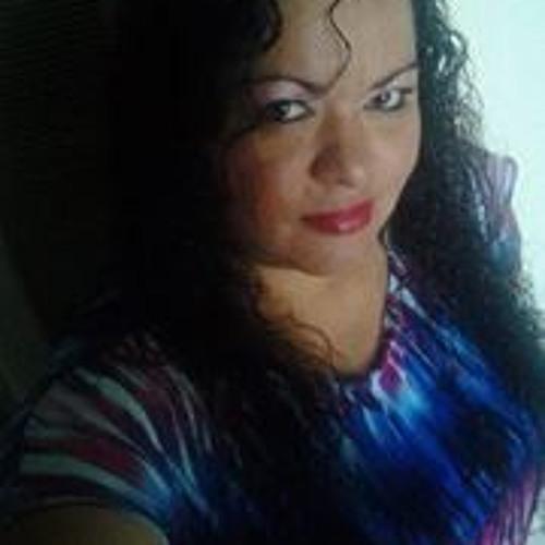 Elizabeth Palacios 2's avatar