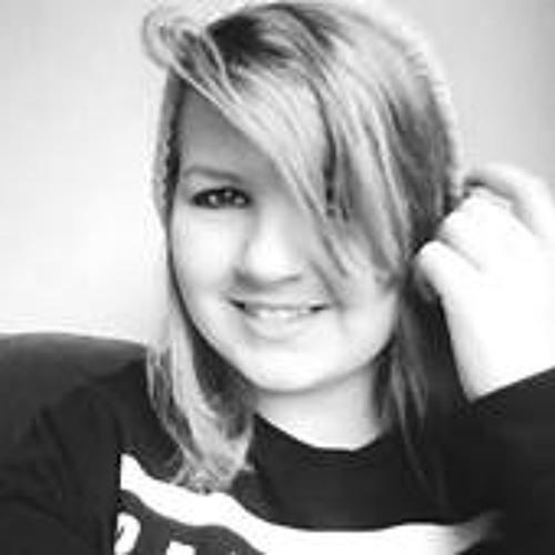 Emma Buck 1's avatar
