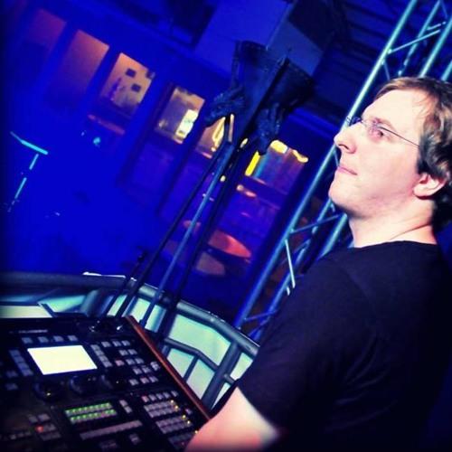 DJ Schweizi's avatar