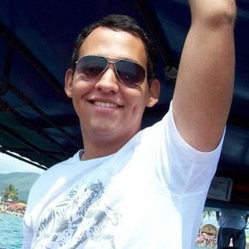 Luis Ashbi's avatar