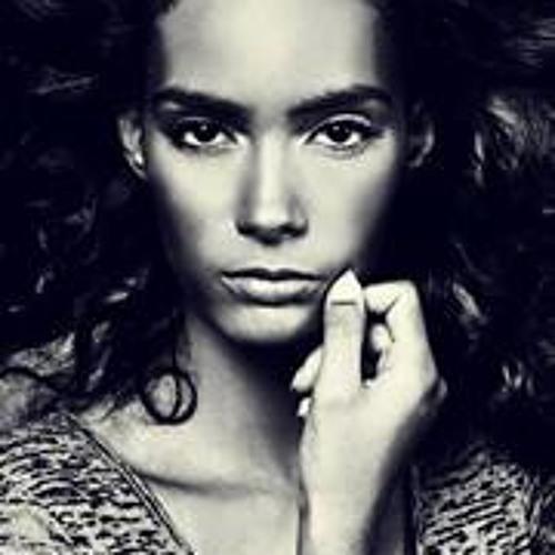 Luana Ellen 1's avatar