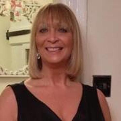 Vivienne Robertson's avatar