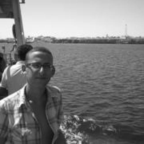 Yassine Ser's avatar
