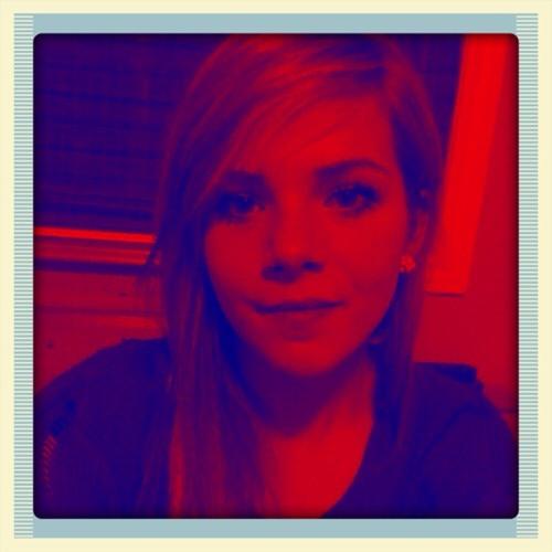 Chloe Rowsome's avatar