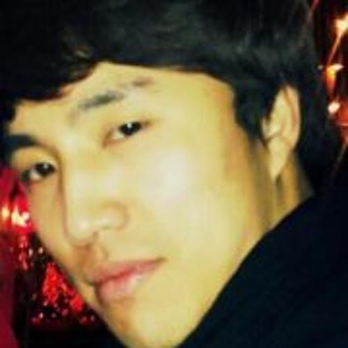 Chanwoo CJ Jeong's avatar