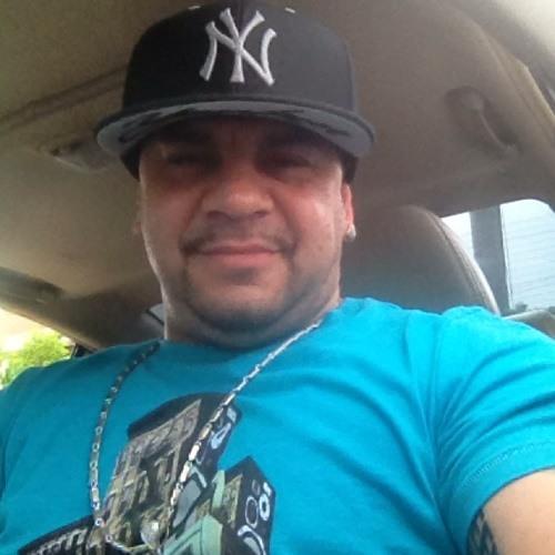 John Automatik Flores's avatar