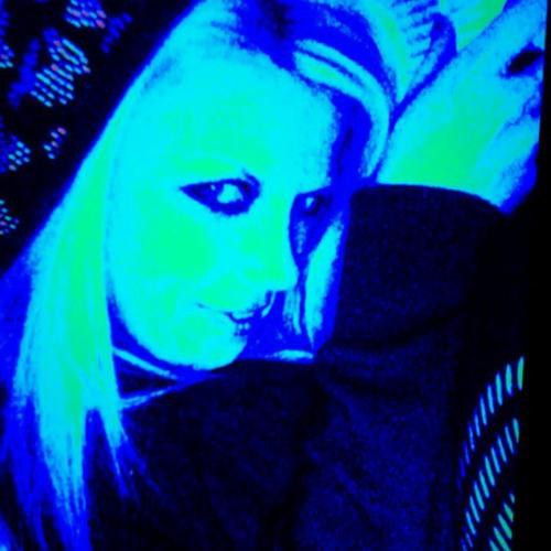 4SxXy0Sndz2's avatar