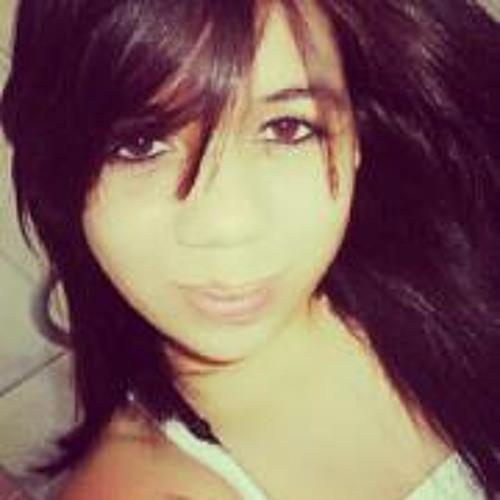 Nicolle Manoela's avatar