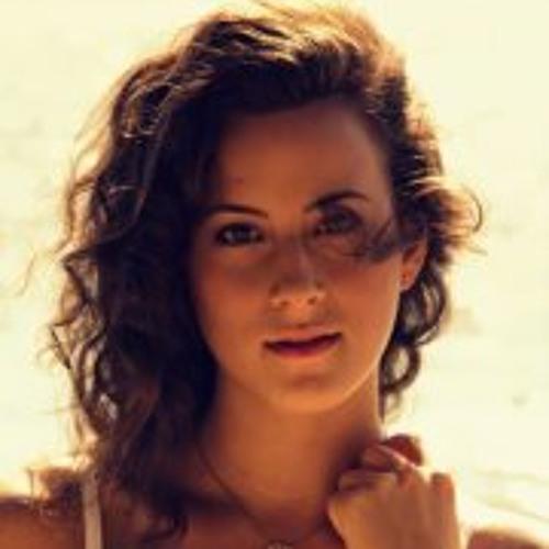 Julia Padaratz's avatar
