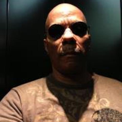 Derrick James Tempro's avatar