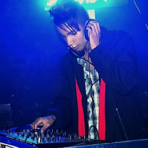 DJ  Levinski's avatar