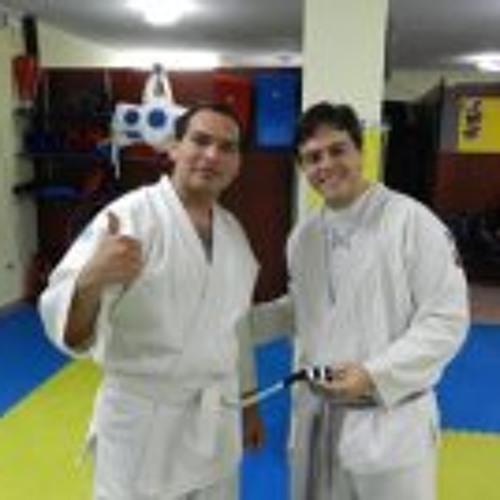 Luis Ordóñez 16's avatar