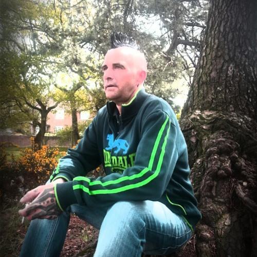 Bobee DJ Notstandard's avatar