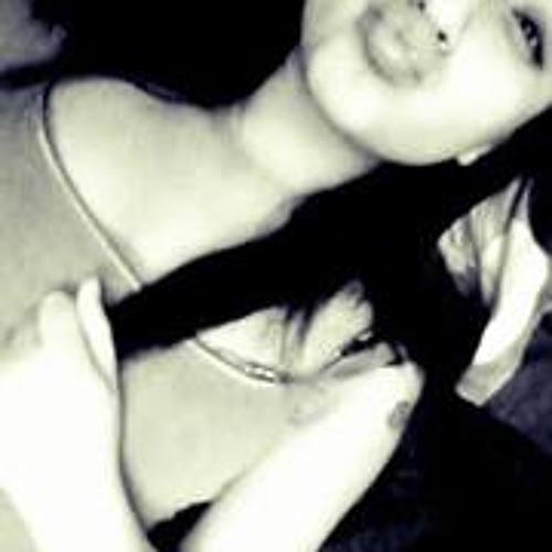 Yulisa Gee's avatar