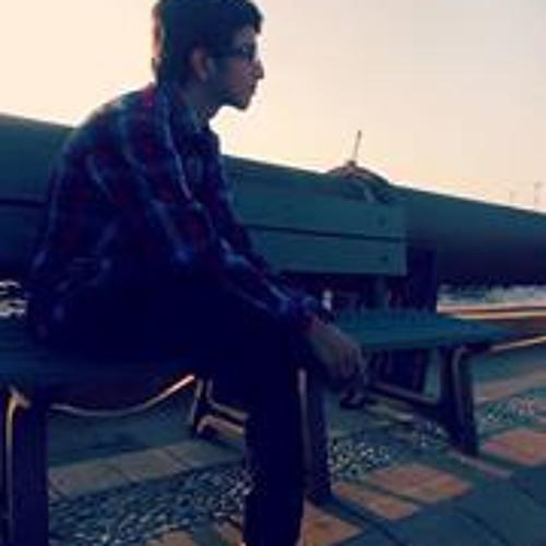 danish khalid's avatar