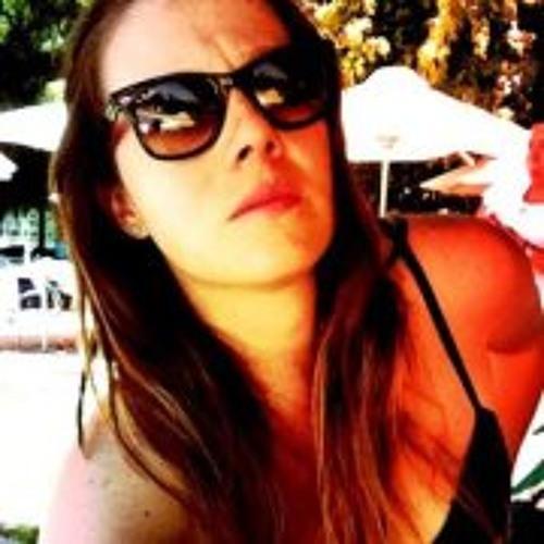 Laura Arteaga 1's avatar