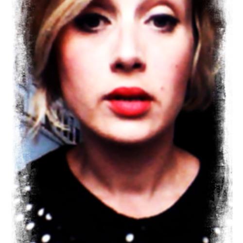 Amy Robina's avatar
