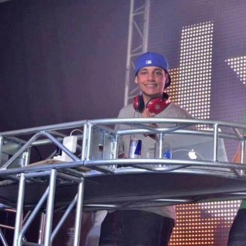 dj bola 3's avatar