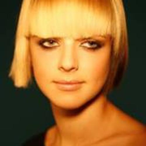 Nika Afonina's avatar