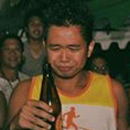 Khim Isaguirre's avatar