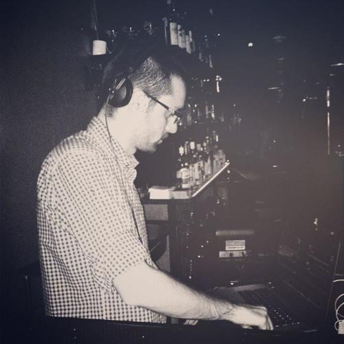Tomer Almog's avatar