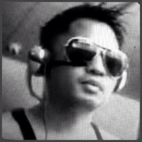 kenth1073's avatar