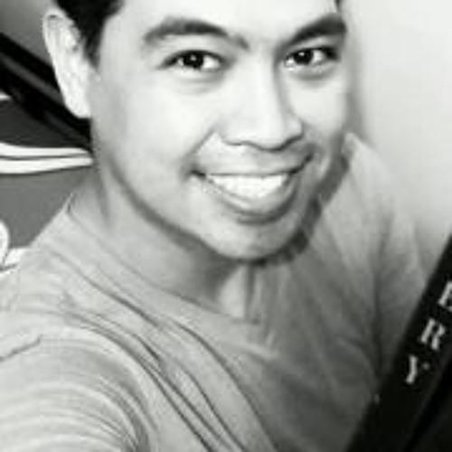 Strix Toledo's avatar